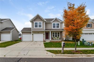 Lansing Single Family Home For Sale: 515 Nantucket Drive
