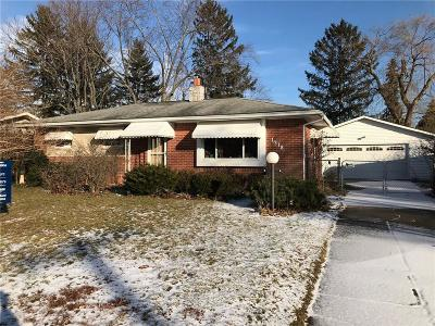 Waterford Twp Single Family Home For Sale: 1318 Dundee Dr
