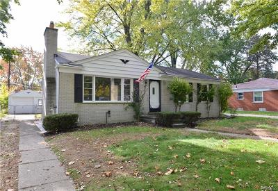 Livonia Single Family Home For Sale: 32729 W Chicago Street