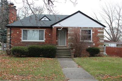 Eastpointe Single Family Home For Sale: 21560 Kelly Road