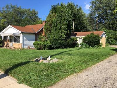 Farmington Multi Family Home For Sale: 22100 Hawthorne Street