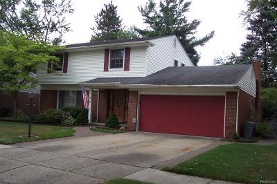 Livonia Single Family Home For Sale: 14046 Mayfield Street