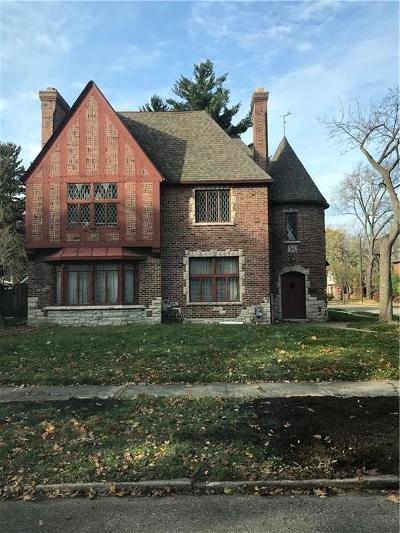 Detroit Single Family Home For Sale: 18327 Muirland Street