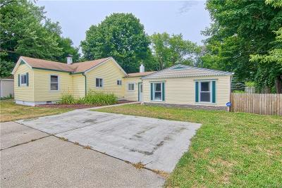 Holly Single Family Home For Sale: 405 Fenwick Street