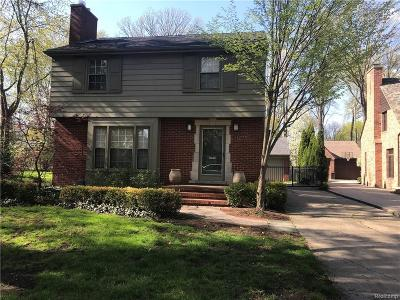 Huntington Woods Single Family Home For Sale: 12758 Vernon Avenue
