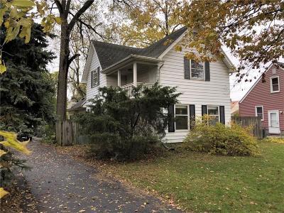 Royal Oak Single Family Home For Sale: 1018 E 12 Mile Road