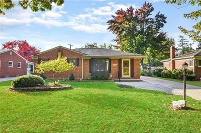 Beverly Hills Vlg Single Family Home For Sale: 16969 Georgina Street