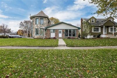 Gibraltar Single Family Home For Sale: 30461 Bayview Drive