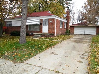 Livonia Single Family Home For Sale: 30426 Hathaway Street