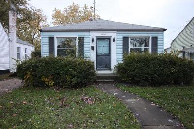 Eastpointe Single Family Home For Sale: 22036 Normandy Avenue