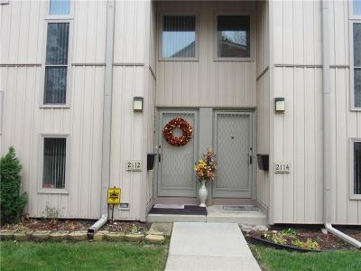 Detroit Condo/Townhouse For Sale: 2112 Hyde Pk. Dr. Street