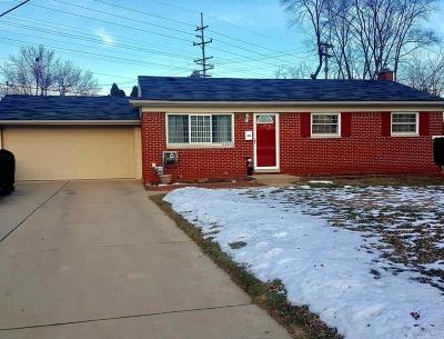 Wayne Single Family Home For Sale: 35642 Winslow Street