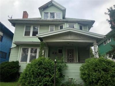 Highland Single Family Home For Sale: 185 Massachusetts Street