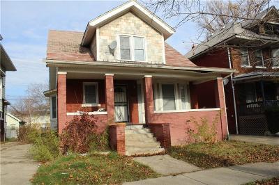 Highland Single Family Home For Sale: 90 Richton Street