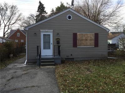 Warren Single Family Home For Sale: 20805 Panama Street