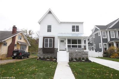 Royal Oak Single Family Home For Sale: 310 E Farnum Avenue