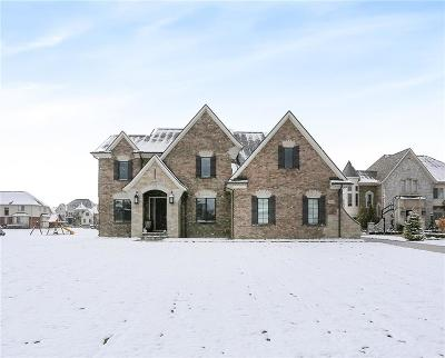 Rochester Hills Single Family Home For Sale: 1612 Serene Court