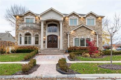 Dearborn Heights Single Family Home For Sale: 843 Dover Street