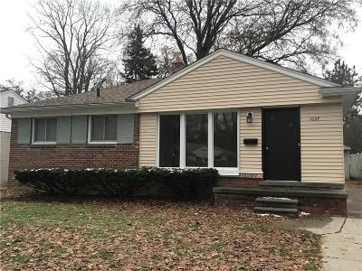 Royal Oak Single Family Home For Sale: 1037 Hickory Avenue