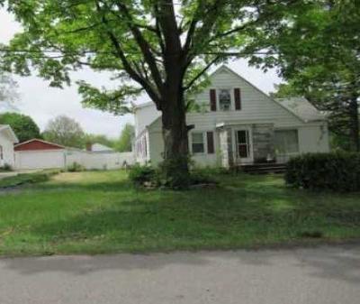 Grand Rapids Single Family Home For Sale: 3305 Giddings Avenue SE