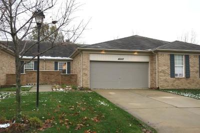 Macomb Twp Condo/Townhouse For Sale: 17698 Port Salem Drive #38