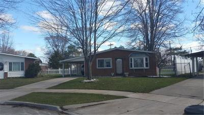 Madison Heights MI Single Family Home For Sale: $144,900
