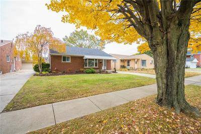 Redford Twp Single Family Home For Sale: 9550 Salem