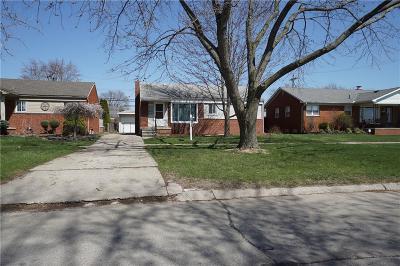 Southgate Single Family Home For Sale: 15751 McCann Street