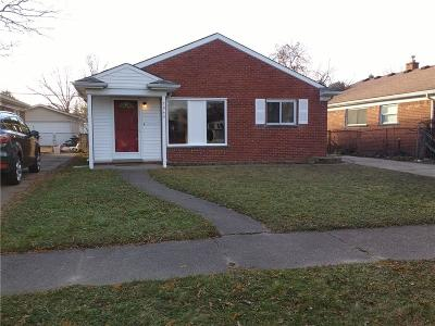 Taylor Single Family Home For Sale: 7940 Elm Street