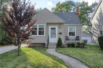 Berkley Single Family Home For Sale: 3149 Oakshire Avenue