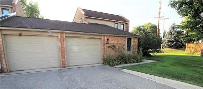 West Bloomfield, West Bloomfield Twp Condo/Townhouse For Sale: 2908 Moon Lake
