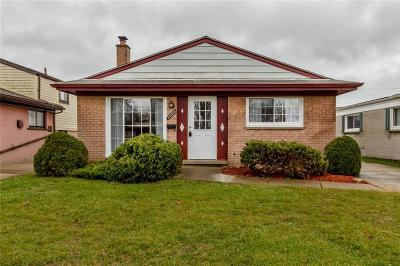 Dearborn Heights Single Family Home For Sale: 24329 Hanover Street