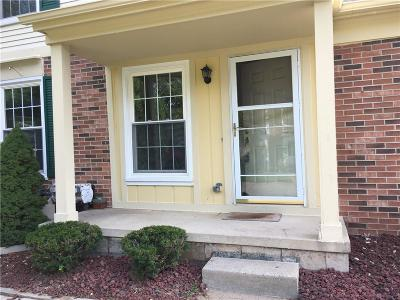 Rochester Hills Condo/Townhouse For Sale: 1428 Crescent Lane