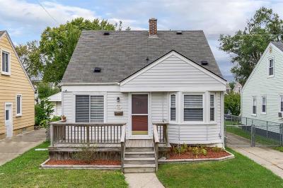 Ferndale, Royal Oak, Berkley Single Family Home For Sale: 2201 Manatee Street