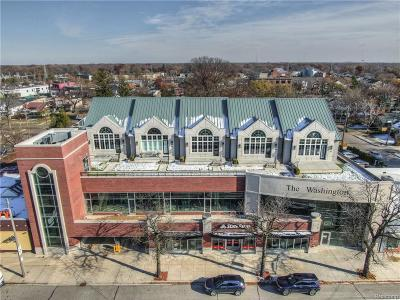 Royal Oak Condo/Townhouse For Sale: 1021 S Washington Avenue #206