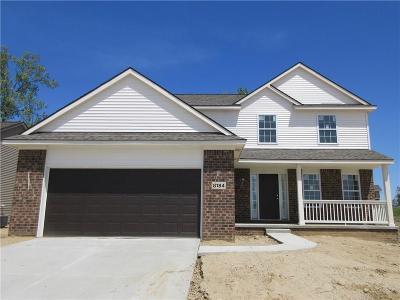 White Lake Single Family Home For Sale: 8184 Sawmill Trail