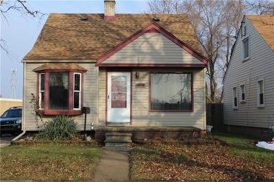 Lincoln Park Single Family Home For Sale: 1866 Detroit Avenue