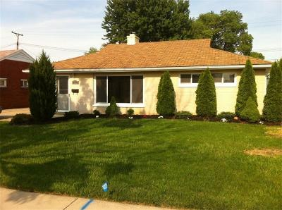 St Clair Shores, Roseville, Clinton Twp, Fraser Single Family Home For Sale: 26348 Compson