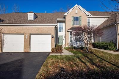 Clarkston, Independence Twp, Springfield Twp, Village Of Clarkston  Condo/Townhouse For Sale: 5828 Baypointe Boulevard