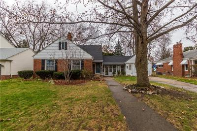 Royal Oak Single Family Home For Sale: 402 W Webster Road