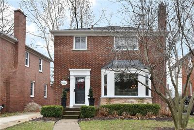 Huntington Woods Single Family Home For Sale: 13325 Victoria Avenue