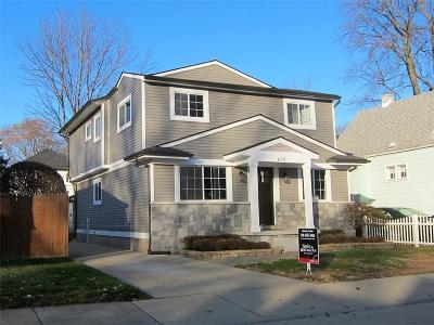 Royal Oak Single Family Home For Sale: 619 E University Avenue