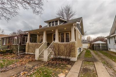 Ferndale Single Family Home For Sale: 331 Edgewood Pl