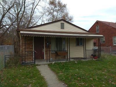 Detroit Single Family Home For Sale: 19210 Dean Street