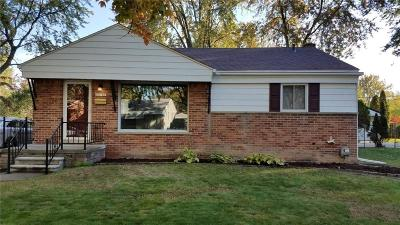 Livonia Single Family Home For Sale: 30141 Richland