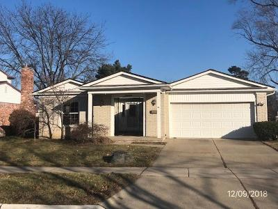 Macomb County, Oakland County, Wayne County Single Family Home For Sale: 19545 Coventry Drive