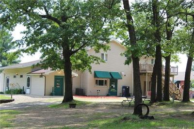 Lenawee County Single Family Home For Sale: 16230 Us Highway 12