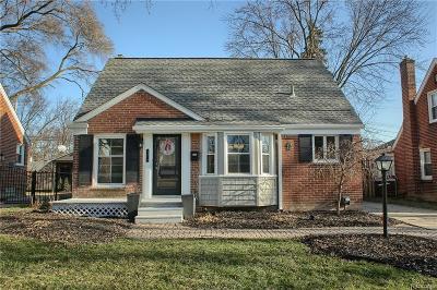 Royal Oak Single Family Home For Sale: 4414 Groveland Avenue