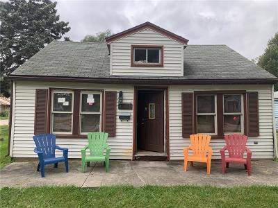 Warren Single Family Home For Sale: 20875 Elroy Avenue