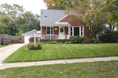Royal Oak Single Family Home For Sale: 509 W Houstonia Avenue